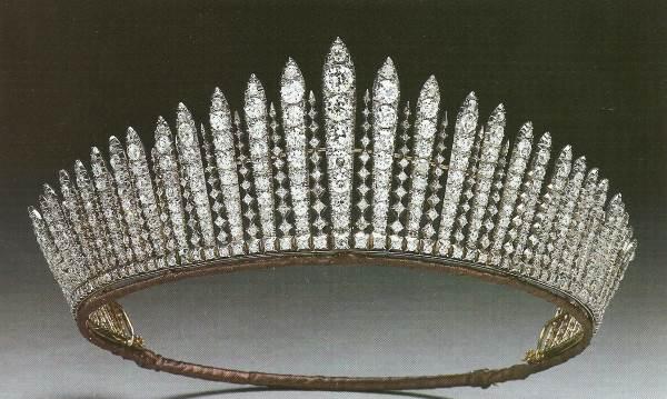 Тиара королева Марии