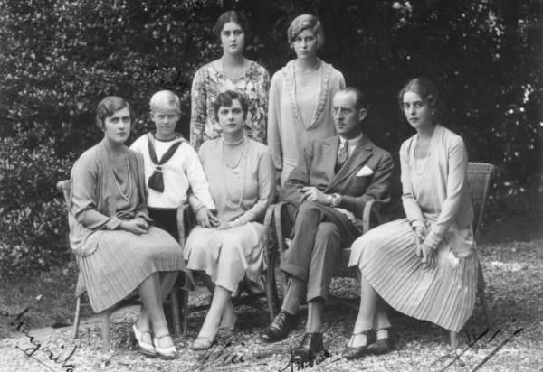 Принцесса Алиса с семьей