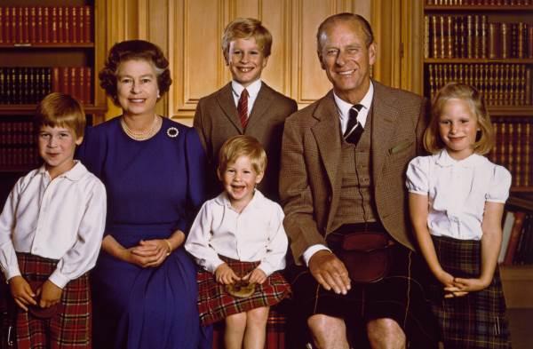 4 внука Елизаветы II