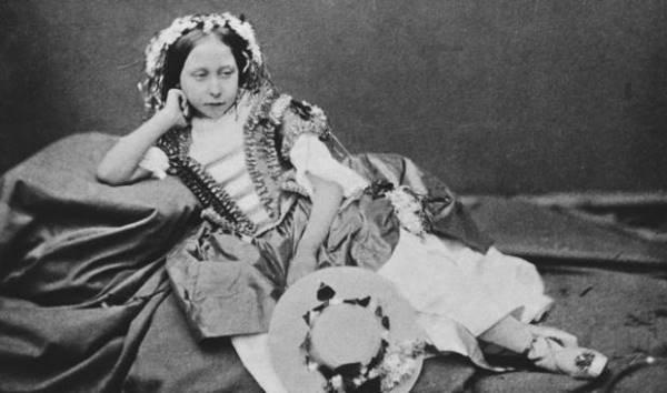 Принцесса Алиса дочь королевы Виктории