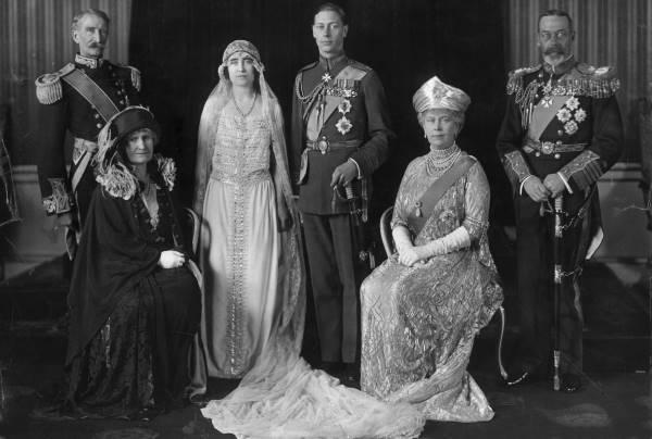 Свадьба Елизаветы Боуз-Лайон