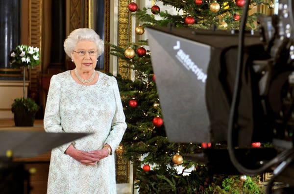 Королева в Рождество 2012 года