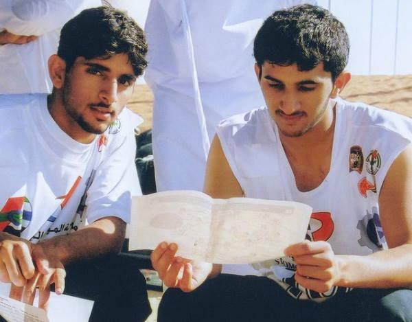 Хамдан со старшим братом Рашидом