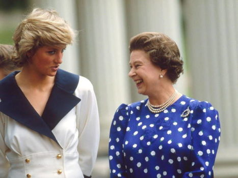 Принцесса Диана и королева Елизавета II