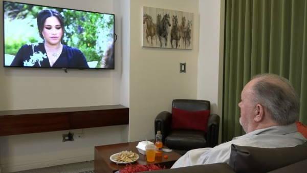Томас Маркл смотрит интервью Меган Опре Уинфри